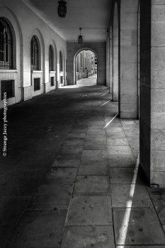 Sous les arcades, Reims