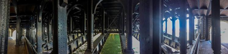Paris, sous les ponts